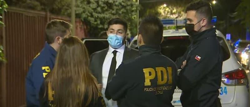 """[VIDEO] Funcionaria de la PDI frustró """"portonazo"""" en Las Condes"""