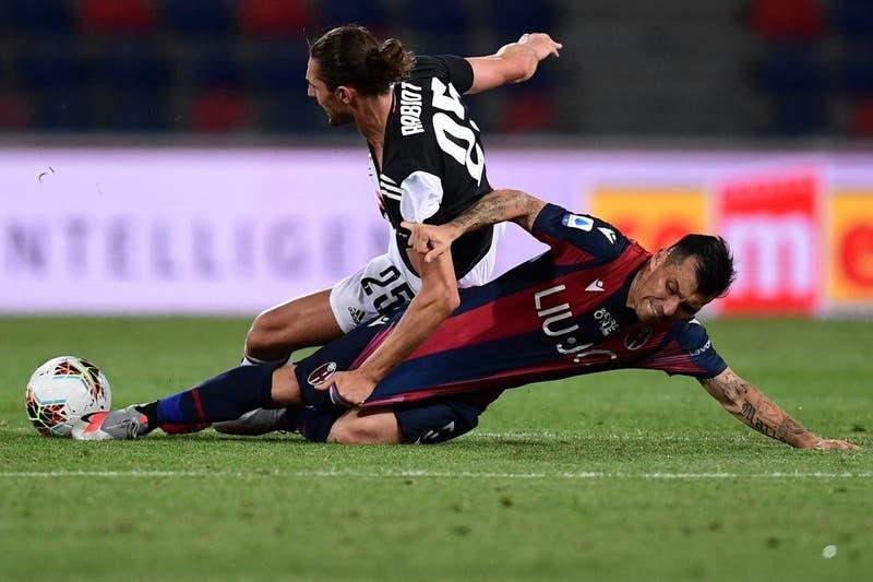 Gary Medel fue titular y figura en gran triunfo del Bologna sobre la Lazio