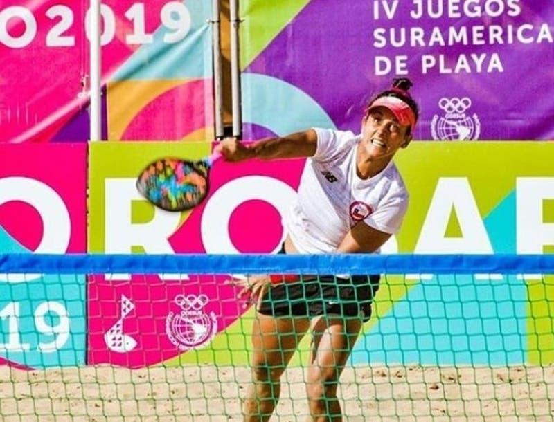 Chilena explica ausencia en Mundial Beach Tennis Río: no está vacunada contra el COVID-19
