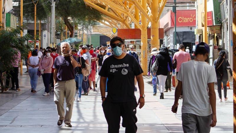 Minsal reitera obligatoriedad de uso de mascarilla para prevenir contagios