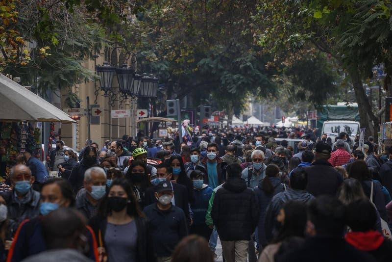 CMF advierte insolvencia de aseguradoras en caso que se apruebe nuevo adelanto de rentas vitalicias