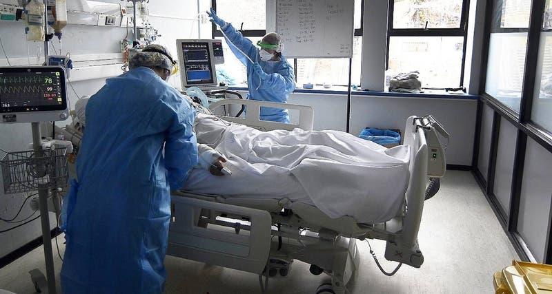 Chile reporta 1.037 contagios nuevos de COVID-19 este viernes y anota cifra más alta en 9 semanas