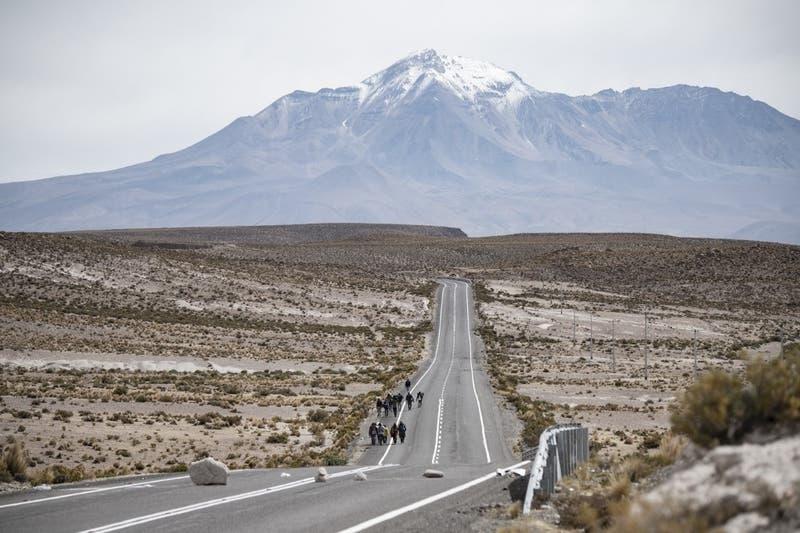 Alcalde de Colchane y hallazgo de cuerpo en frontera: Es triste seguir viendo cómo exponen sus vidas