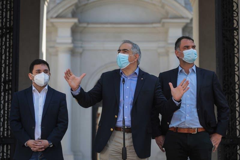 [VIDEO] Parlamentarios oficialistas no descartan aprobar acusación contra Presidente Piñera