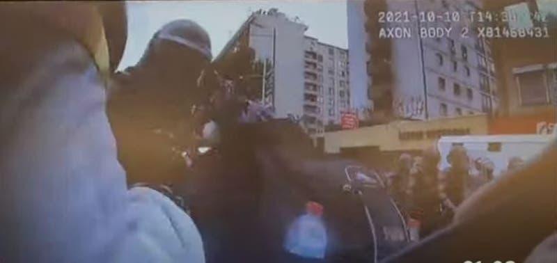 [VIDEO] Liberan registro de momento en que mujer fallecida habría recibido fuego artificial