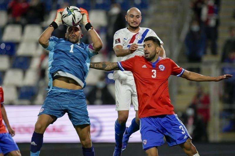 """Claudio Bravo tras victoria sobre Paraguay: """"Tuvimos ese ímpetu que nos faltó en otros partidos"""""""