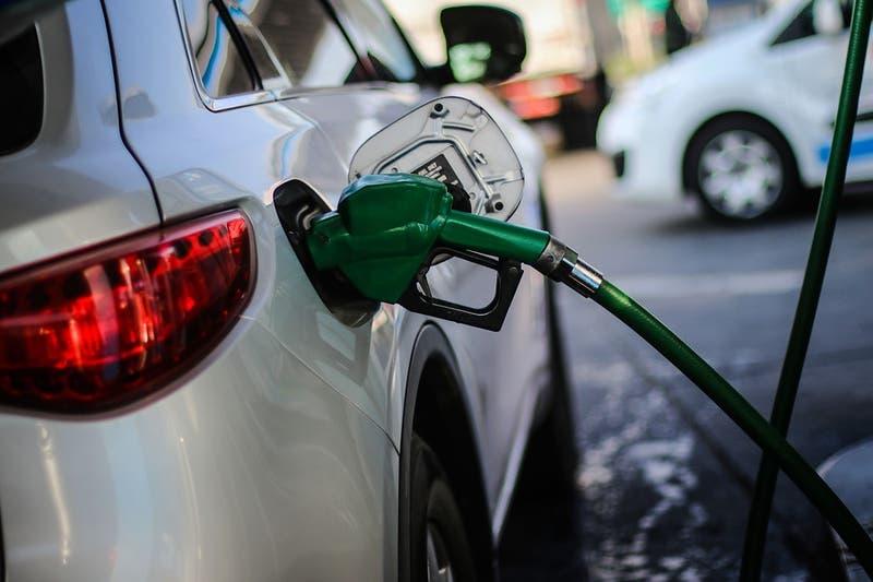 Precio de las bencinas vuelven a subir por séptima semana consecutiva