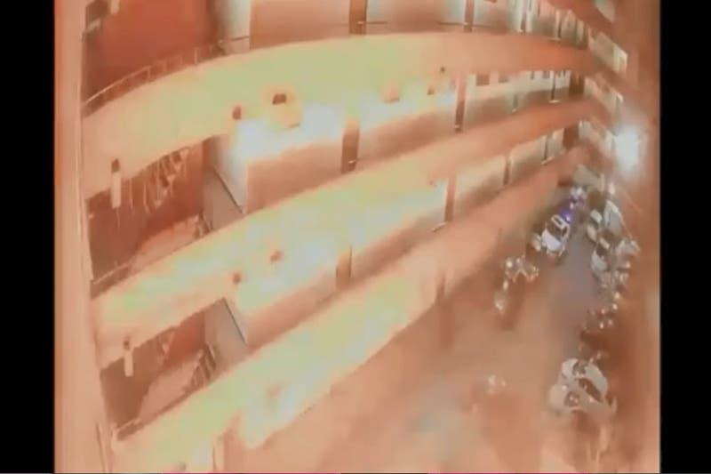 Explosión en un departamento de La Cisterna deja al menos una persona lesionada