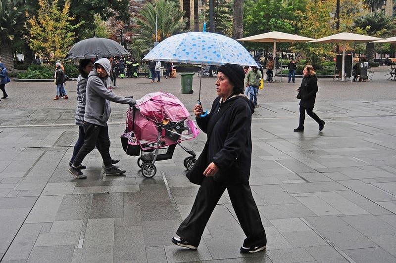 Meteorólogos advierten que lluvias sorpresivas en Santiago podrían seguir cayendo hasta fin de año