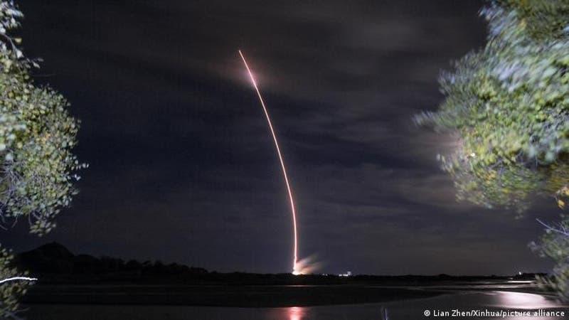 """""""Test espacial"""": China niega haber probado misil hipersónico que rodea la Tierra"""