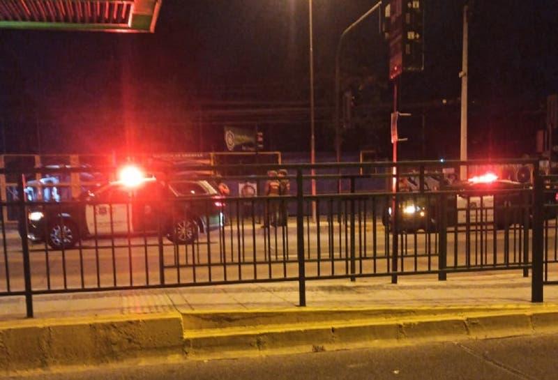 Una persona murió tras intento de saqueo en un local comercial en Peñalolén