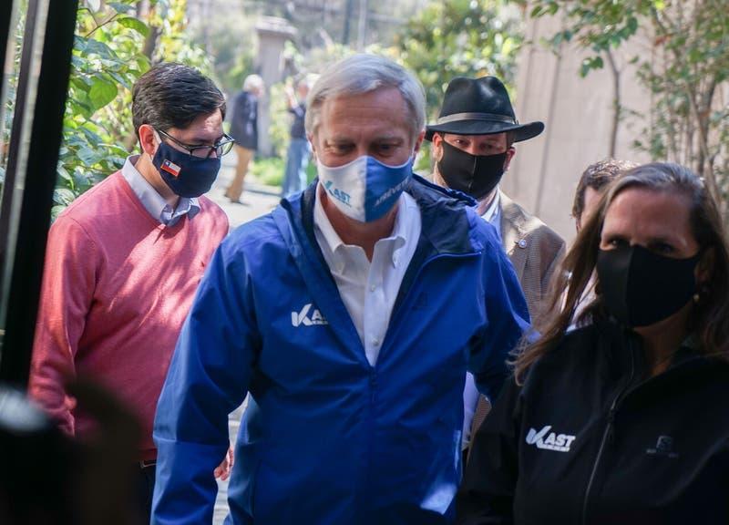 """Eduardo Gatti reclama a Kast tras versión de campaña de """"Los Momentos"""""""