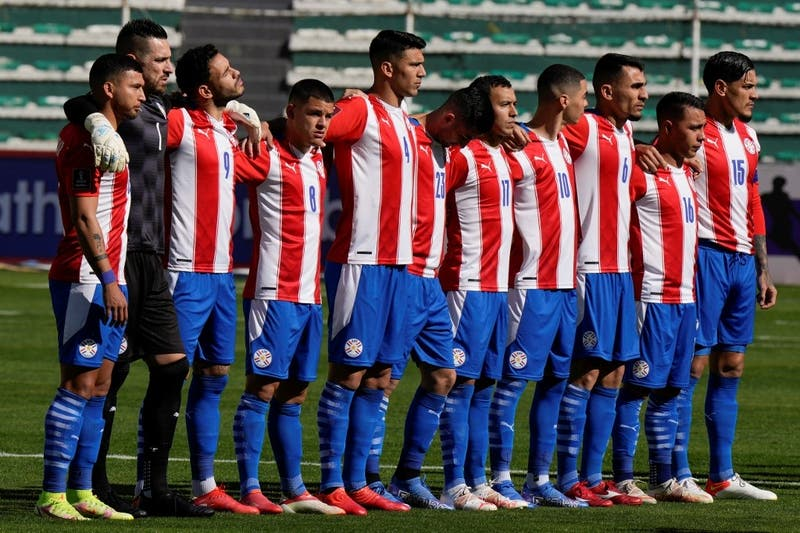 Paraguay tendría listo a su nuevo entrenador para recibir a La Roja en noviembre por Clasificatorias