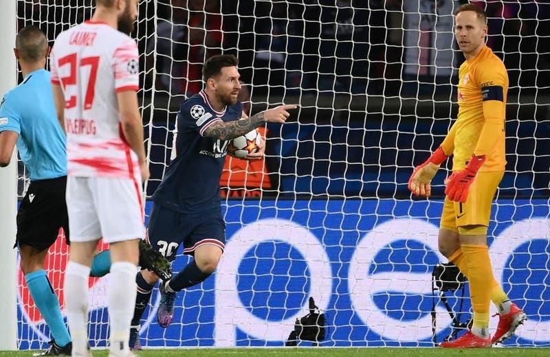 Messi marca su primer doblete en Paris por la Champions League para darle la victoria al PSG