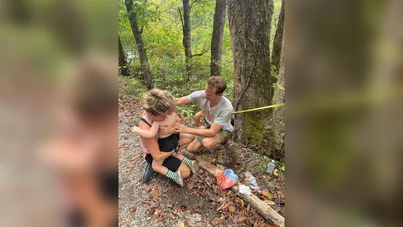 """""""Un milagro"""": Niño cae por acantilado de 21 metros y sale sano y salvo"""