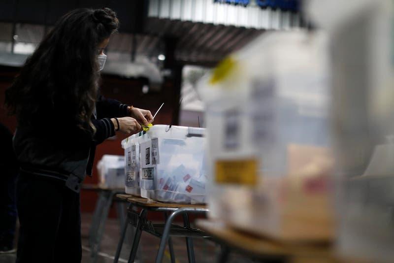 Candidatos Distrito 10: Competencia por Providencia y Santiago