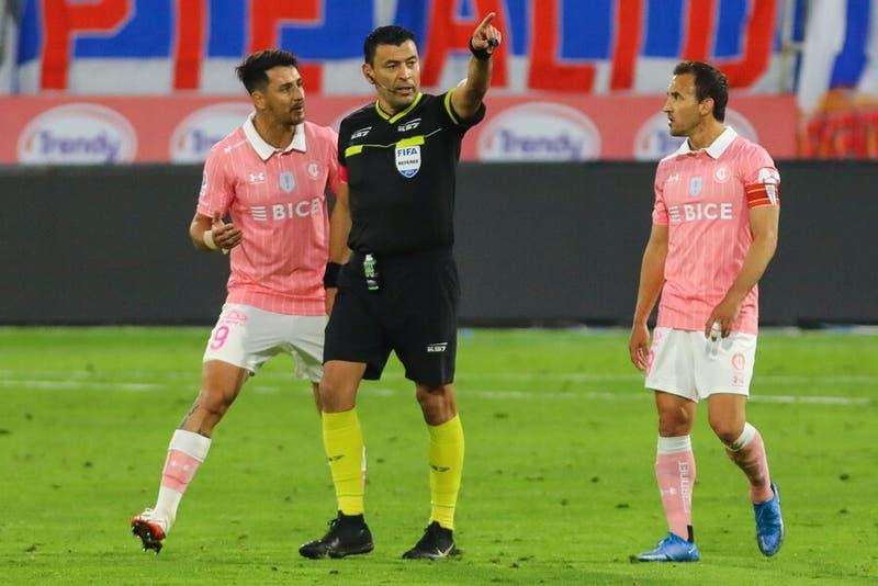 U Católica vence a Wanderers pero pierde a Zampedri y Lanaro para el clásico con Colo-Colo