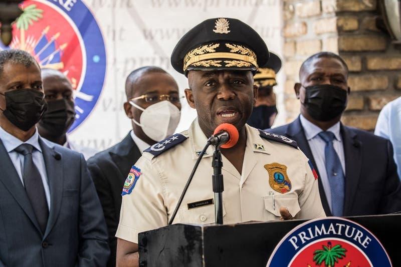 Director de la Policía de Haití renuncia tras secuestro a 17 misioneros de Canadá y EE.UU.