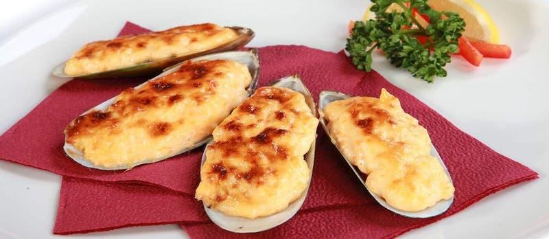 Sitio gastronómico destaca a plato típico chileno como el mejor valorado de Sudamérica